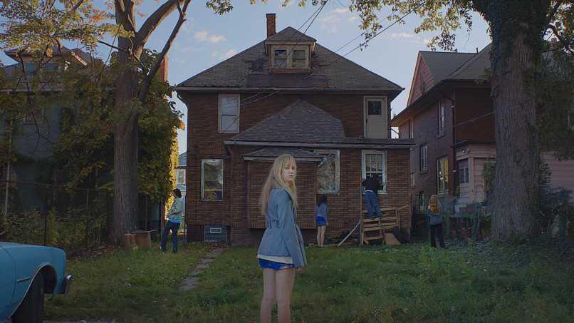 it follows scene Director David Robert Mitchell on It Follows: The Scariest Film of This Generation