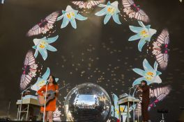 Kacey Musgraves at Coachella 2019, photo by Debi Del Grande