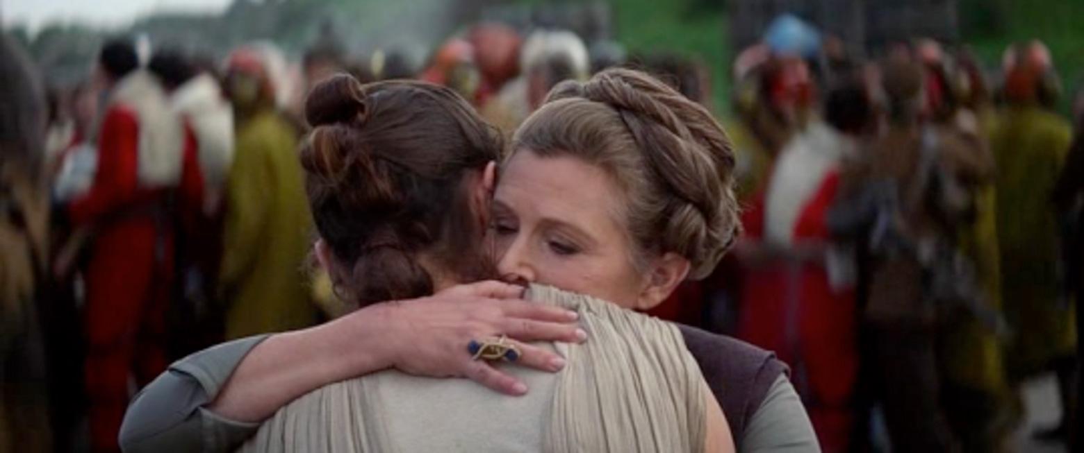 leia rey hug IX Takeaways From Star Wars: The Rise of Skywalkers Trailer