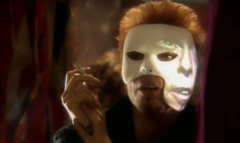 """David Bowie in video for """"I Cant Read '97"""""""