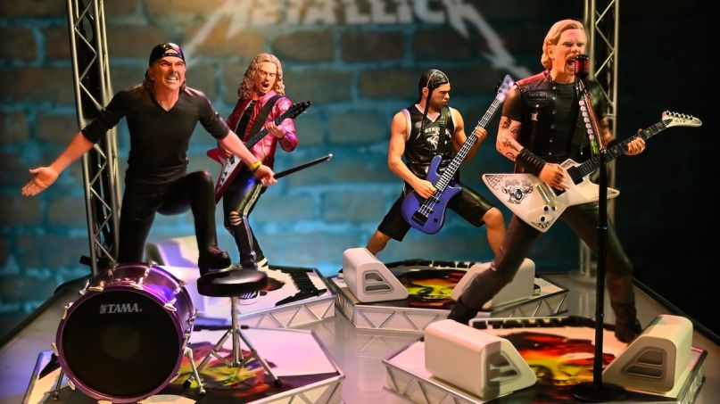 Metallica KnuckleBonz statues