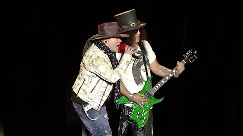 Guns N' Roses Perform Black Hole Sun Video