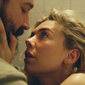 Vanessa Kirby Stands Tall In Netflix's Shrugworthy Pieces of a Woman: Review